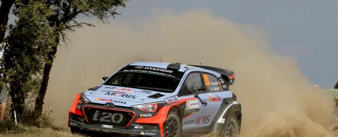 Car #20 T. Neuville  N. Gilsoul (Hyundai New Generation I20 WRC)