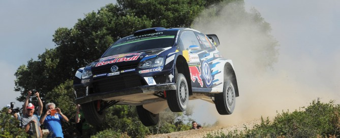 Ogier_Ingrassia_Volkswagen_Rally Italia Sardegna leader